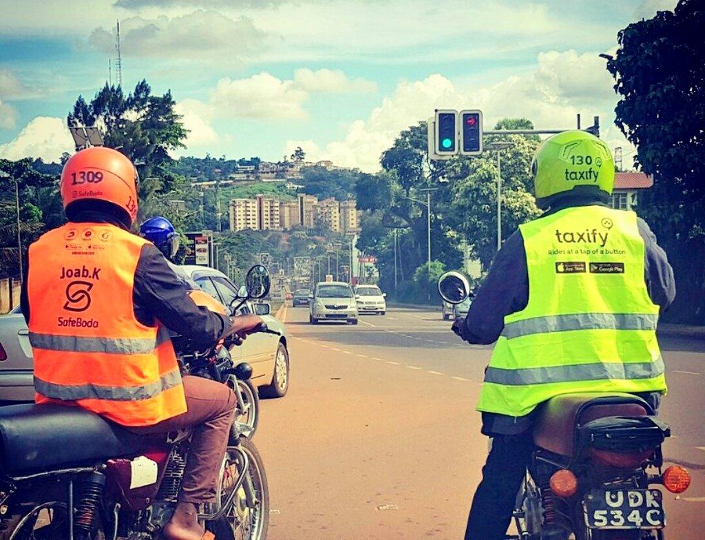 Moto-taxis SafeBoda et Taxify